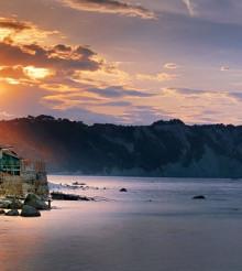 Vino e buona tavola, scoprire Ancona in un tour enogastronomico
